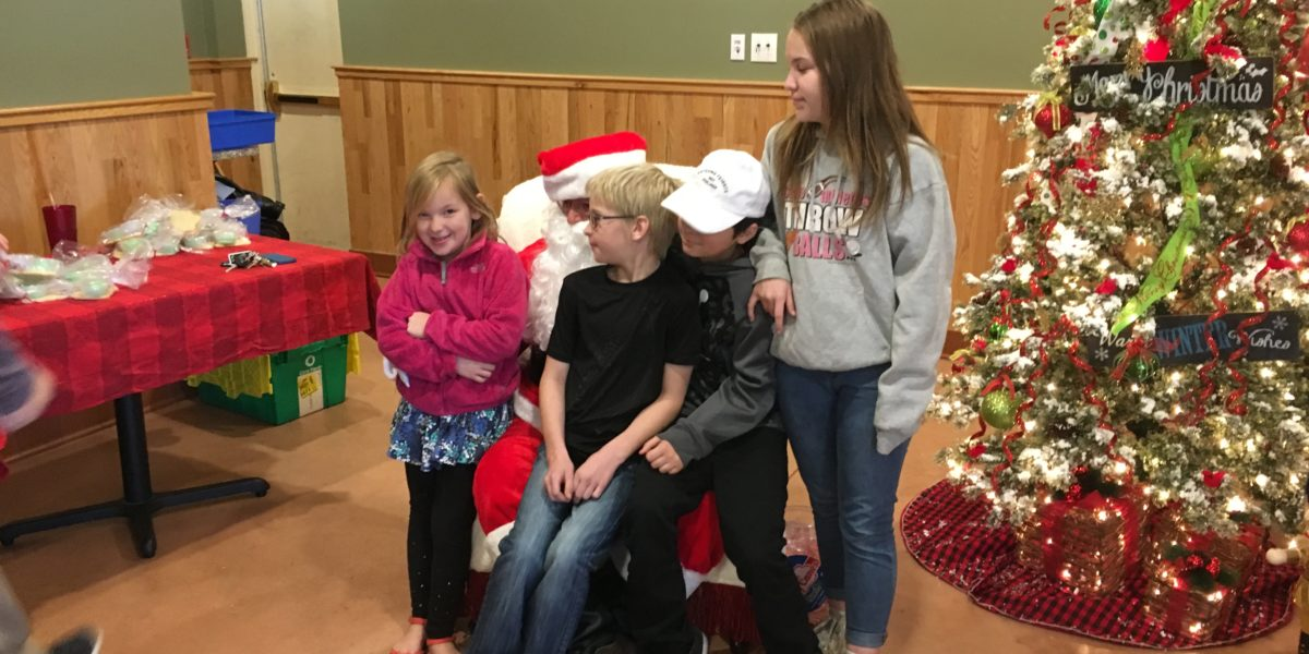 Dysarts breakfast with Santa to benefit Pine Tree Camp